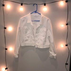 White Cropped Calvin Klein Denim Jacket